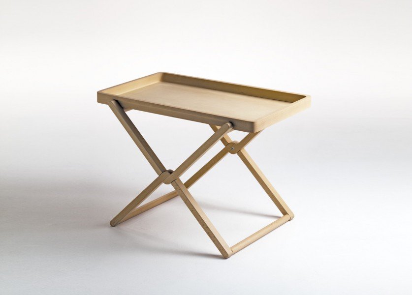 Treee Tray multifunction coffee table in solid wood designed by Luciano Bertoncini