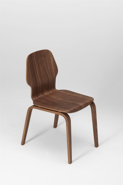 fred chair, walnut. design studiolucianobertoncini