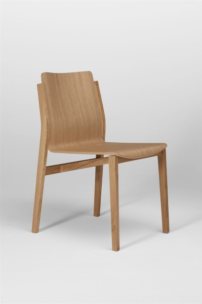 sticky chair. oak. design studiolucianobertoncini
