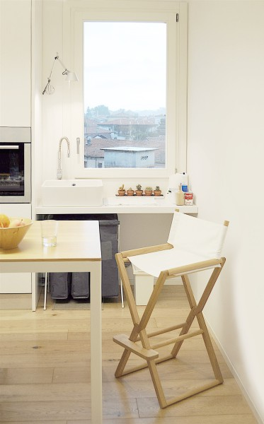 treee set high stool oak and white. design studiolucianobertoncini